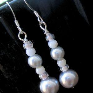 Sterling Silver Gray Pearl Earrings